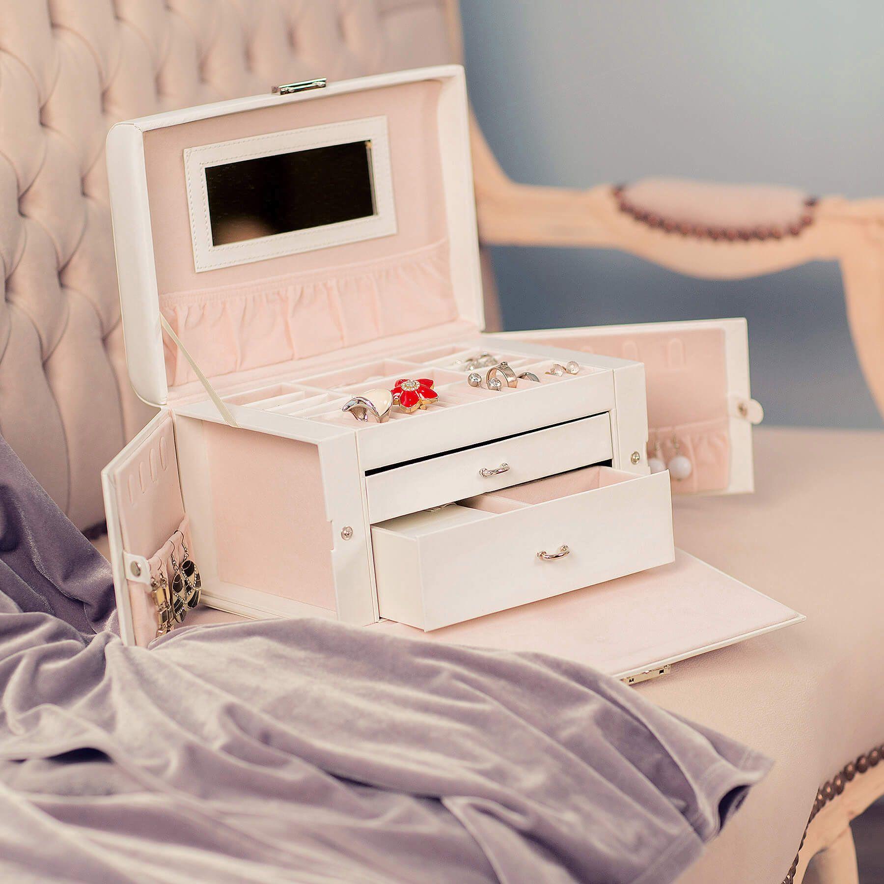 f2060288ad3b Este elegante maletín para joyas ofrece un amplio espacio para guardar sus  joyas. Es perfecto para relojes