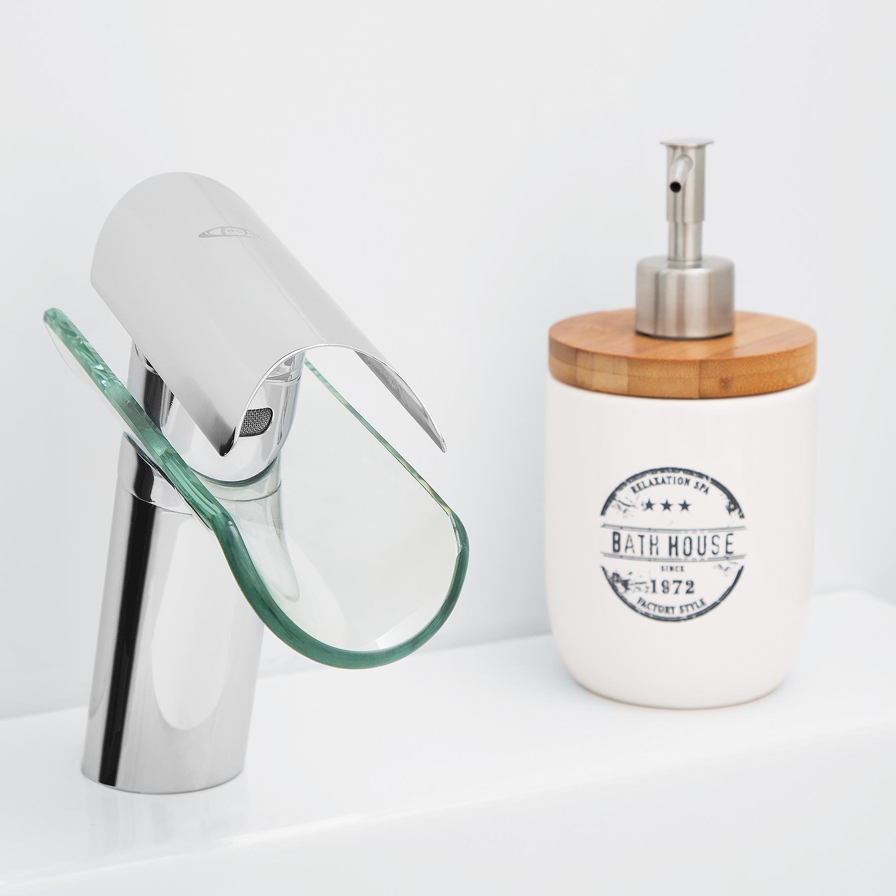 Mitigeur de lavabo cascade vier salle de bain faucet for Mitigeur salle de bain design