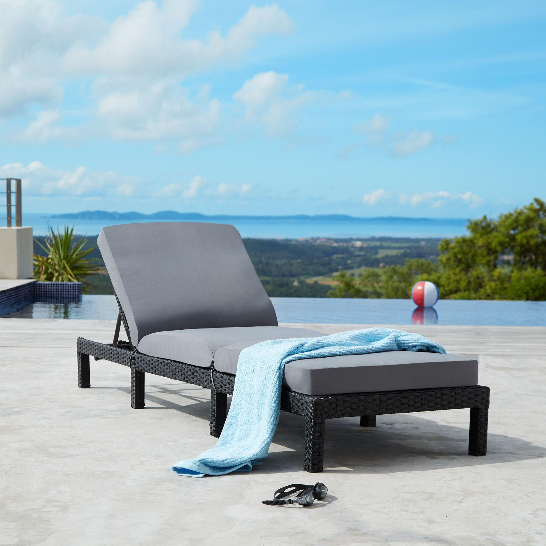 polyrattan sonnenliege gartenliege relaxliege rattanliege garten strandliege ebay. Black Bedroom Furniture Sets. Home Design Ideas